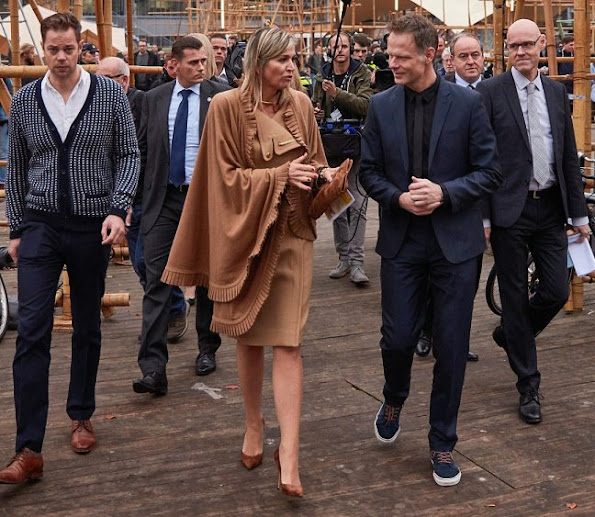 Queen Maxima talks with designers during a visit to the Dutch Design Week (DDW), Gianvito Rossi Pumps