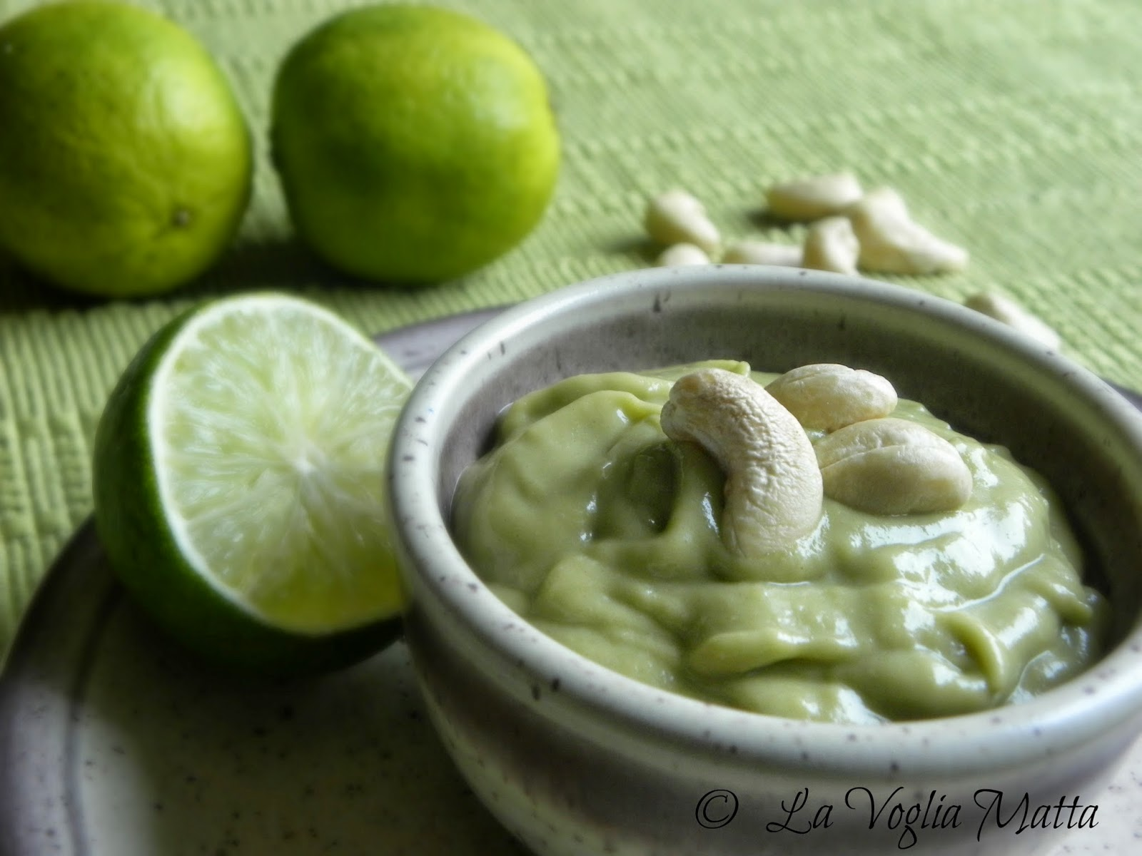 salsa all'avocado per pesce bollito