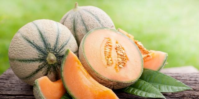 Cantaloupe fruits
