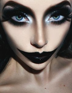 Last Minute Halloween Beauty Hacks , Last minute Halloween Makeup Ideas, Last minute Halloween constumes