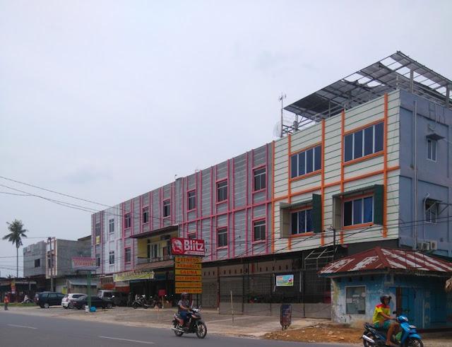 Blitz Gym Tempat Cuci Helm di Pekanbaru
