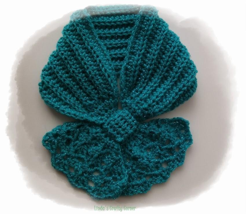 .Linda's Crafty Corner: Bow knot scarves