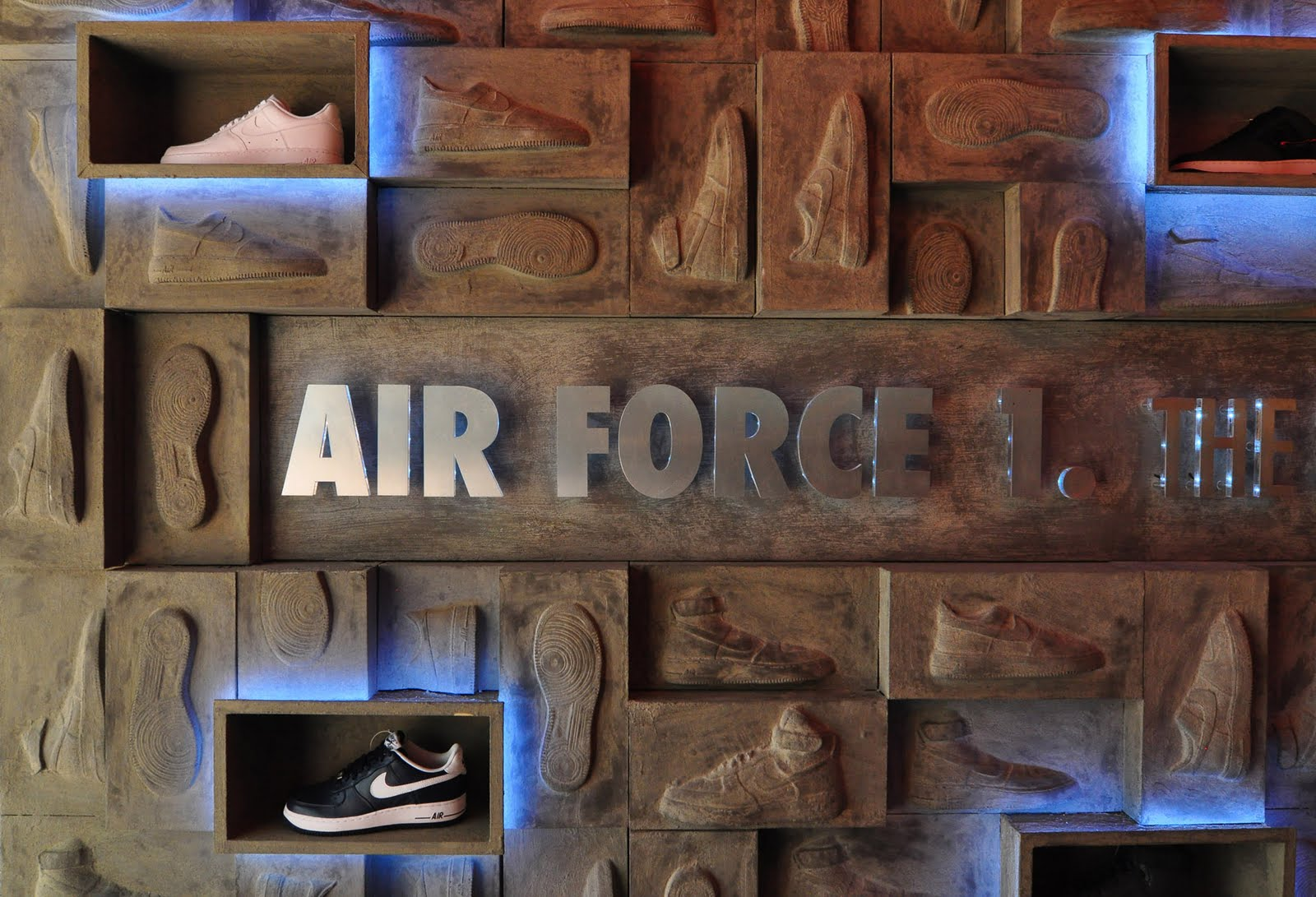 "taille 40 f2a2c f6839 studio ARRT: Nike PS7 store ""Air Force 1"" Promo design ..."