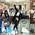 Distribuição de ovinhos na Parada de Páscoa neste sábado, no Bangu Shopping