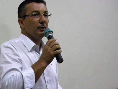 Presidente Osvaldo Machado busca manter equipamentos tecnológicos para alunos de Registro-SP