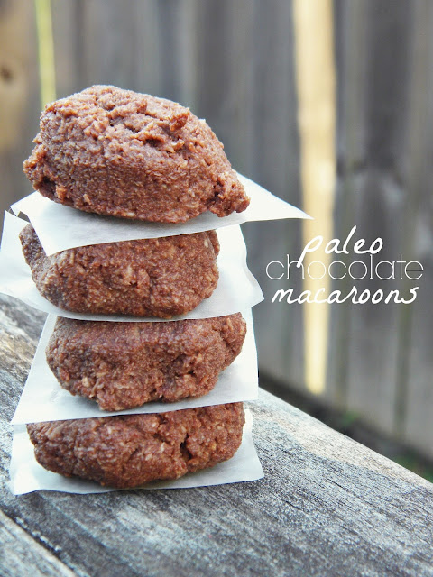 31 Days of Frugal Paleo | Chocolate Macaroons via @labride
