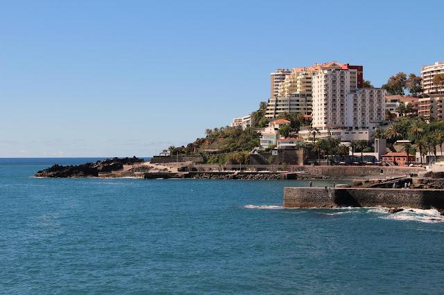 "Funchal Naval Club ""bay"""