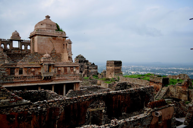 chittorgarh fort life rajasthan town heritage kings palace