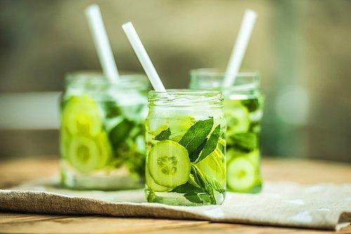 Misket Limonu ve Salatalık Suyu Tarifi