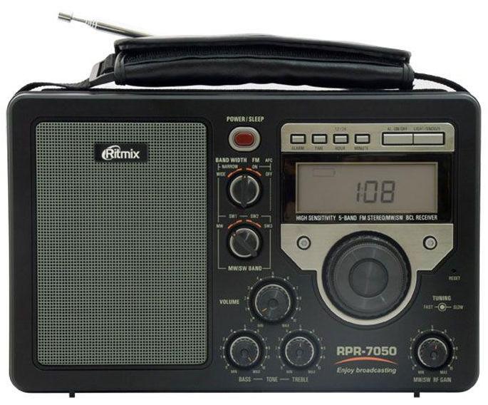 Переносной радиоприемник Ritmix RPR-7050 с цифровым индикатором по лучшей цене в наличии