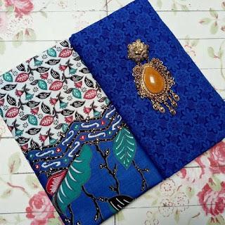 Kain Batik dan Embos 115 b