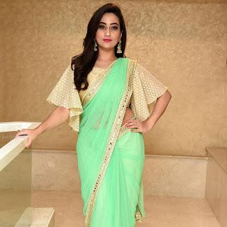 Manjusha TV actress latest green saree and golden designer blouse photos |navel clevage tv anchor Telugu Navel Queens