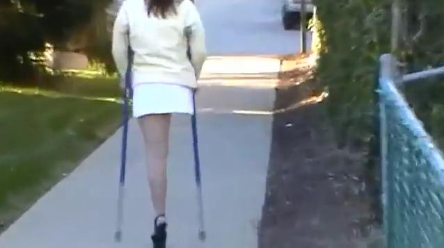 Amputee women blue crutches sak rhd