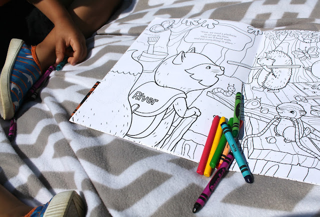 I See Me  Personalized Coloring Book review. Personalized coloring book for kids.