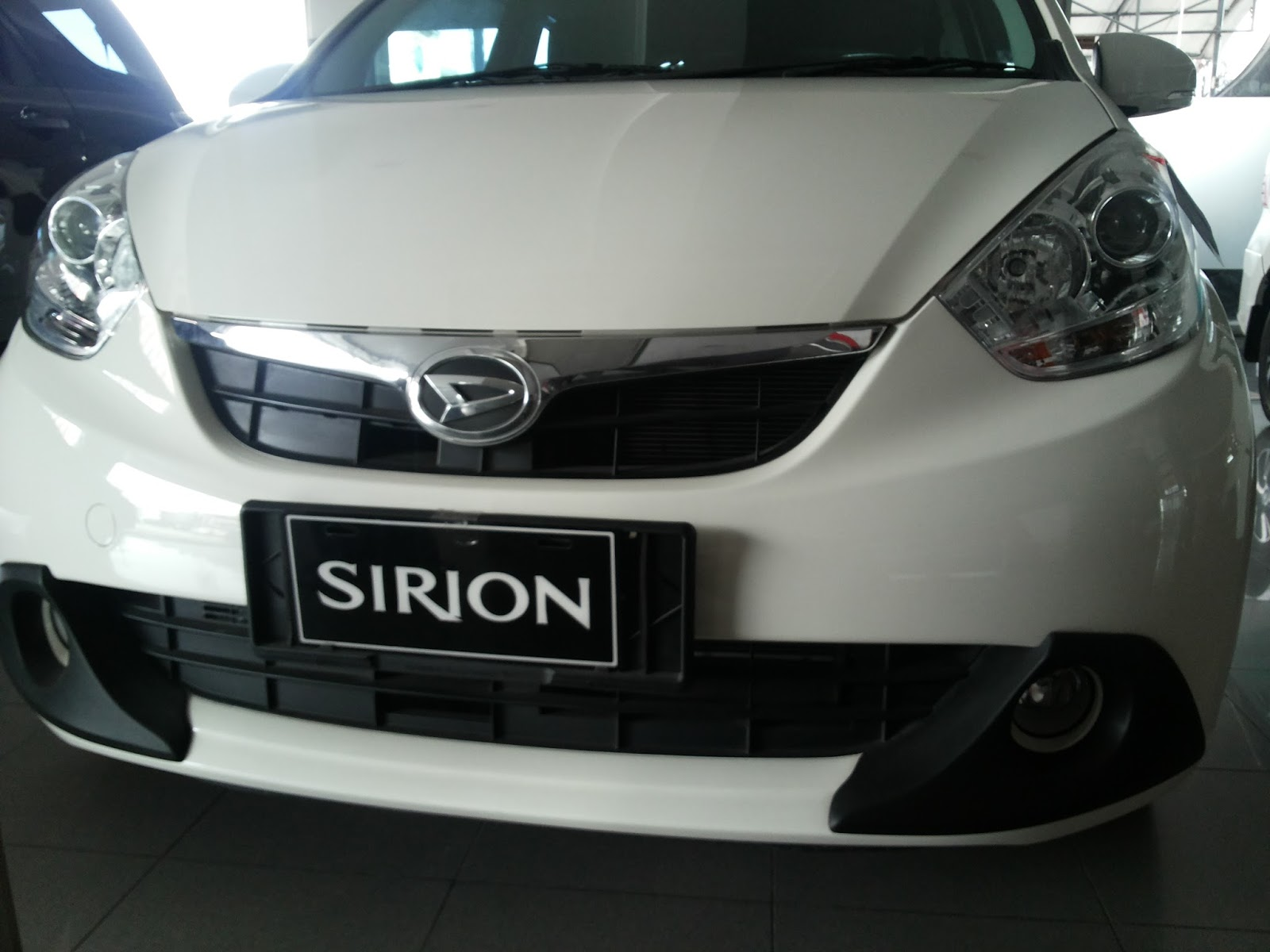 Daihatsu Sirion Deluxe