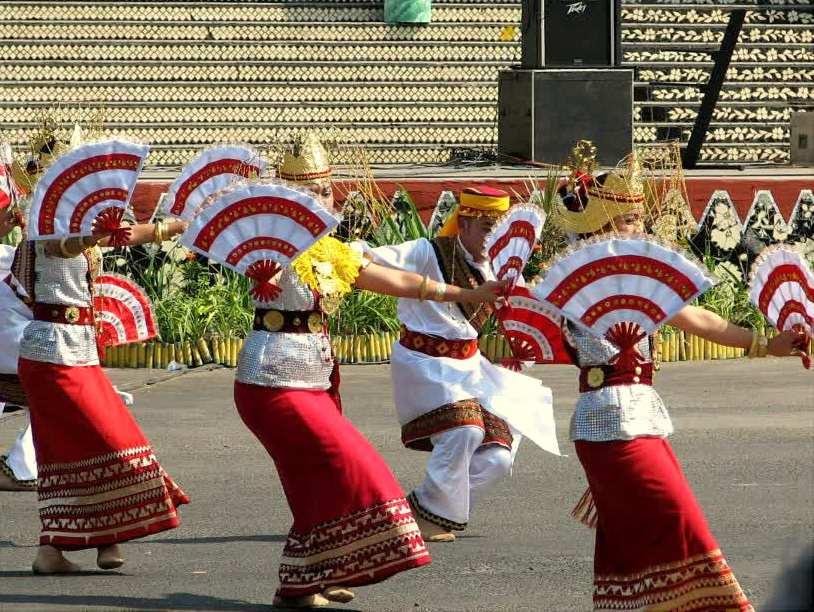 Tari Melinting Tarian Tradisional Dari Lampung Negeriku Indonesia
