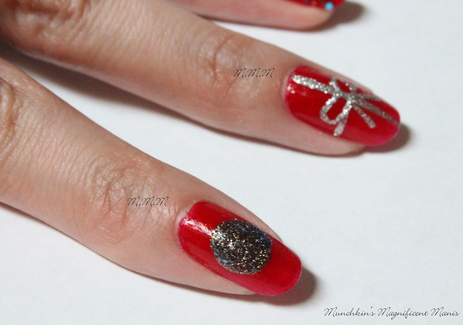 Munchkin S Magnificent Manis Merry Christmas Happy Holiday S