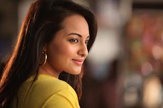 Sonakshi Sinha Desi Actress