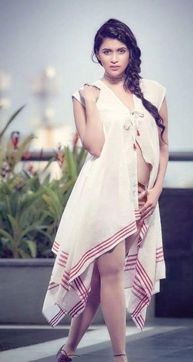 Mannara Chopra Photoshoot Images