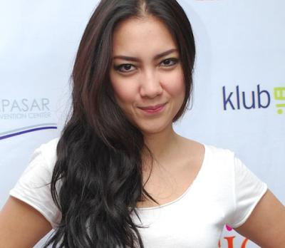 Tia Ivanka Artis Indonesia yang berstatus Janda