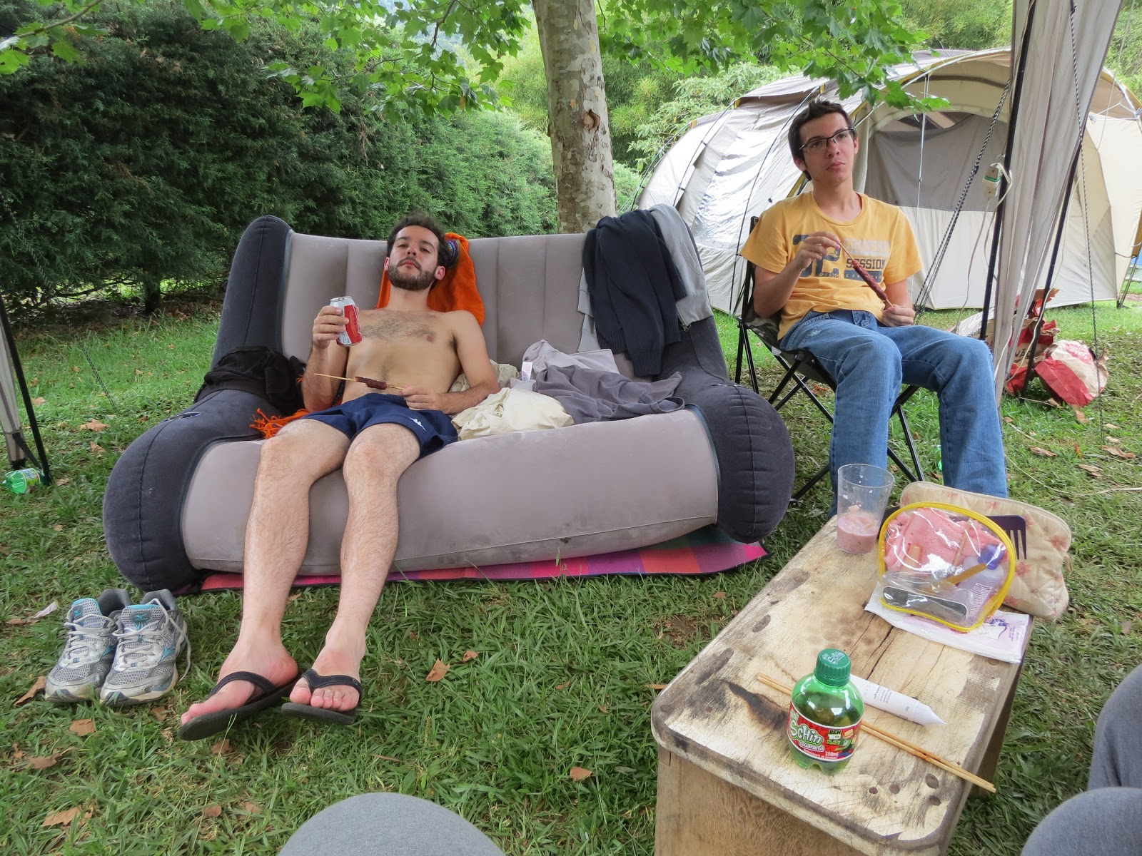 Sofa Camping Turner Leather Knockoff Podinha Club Sofá Inflável