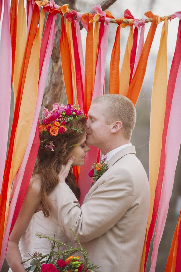 bride+groom+boho+bohemian+chic+orange+pink+yellow+rustic+valentine+valentines+day+february+winter+spring+wedding+cake+bouquet+petticoat+dress+gown+table+setting+floral+arrangement+centerpiece+tangerine+melissa+mccrotty+photography+7 - The Valentine Ombre