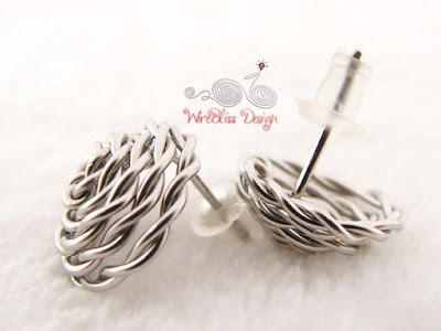 Close up of view of side and bottom of wire wrapped rose studs