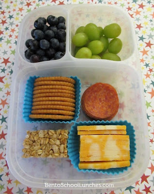 DIY homemade lunchables in Easylunchboxes