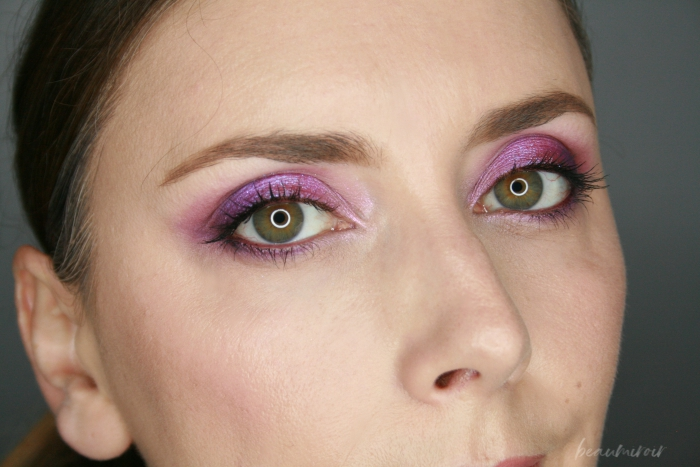 eye look closeup using huda beauty amethyst obsessions eyeshadow palette
