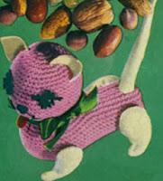 http://translate.googleusercontent.com/translate_c?depth=1&hl=es&rurl=translate.google.es&sl=en&tl=es&u=http://freevintagecrochet.com/toy-patterns/coats318/kitten-toy-pattern&usg=ALkJrhivSksS8gxh1IJL1uEhv6eLiIcIJQ