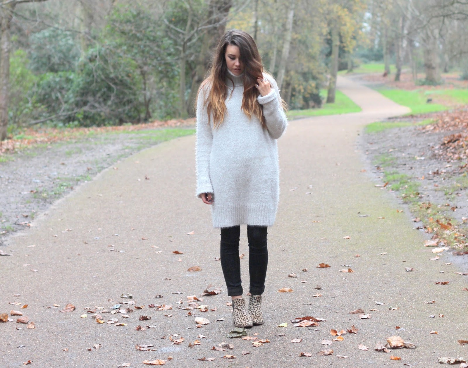 missguided-outfit-post-fluffy-jumper-dress