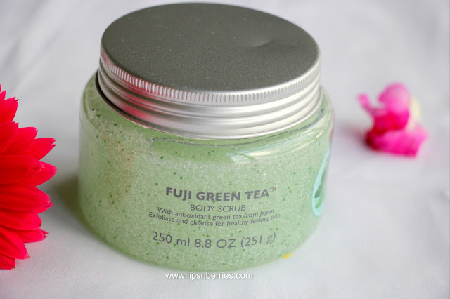 The body shop fuji green tea body scrub