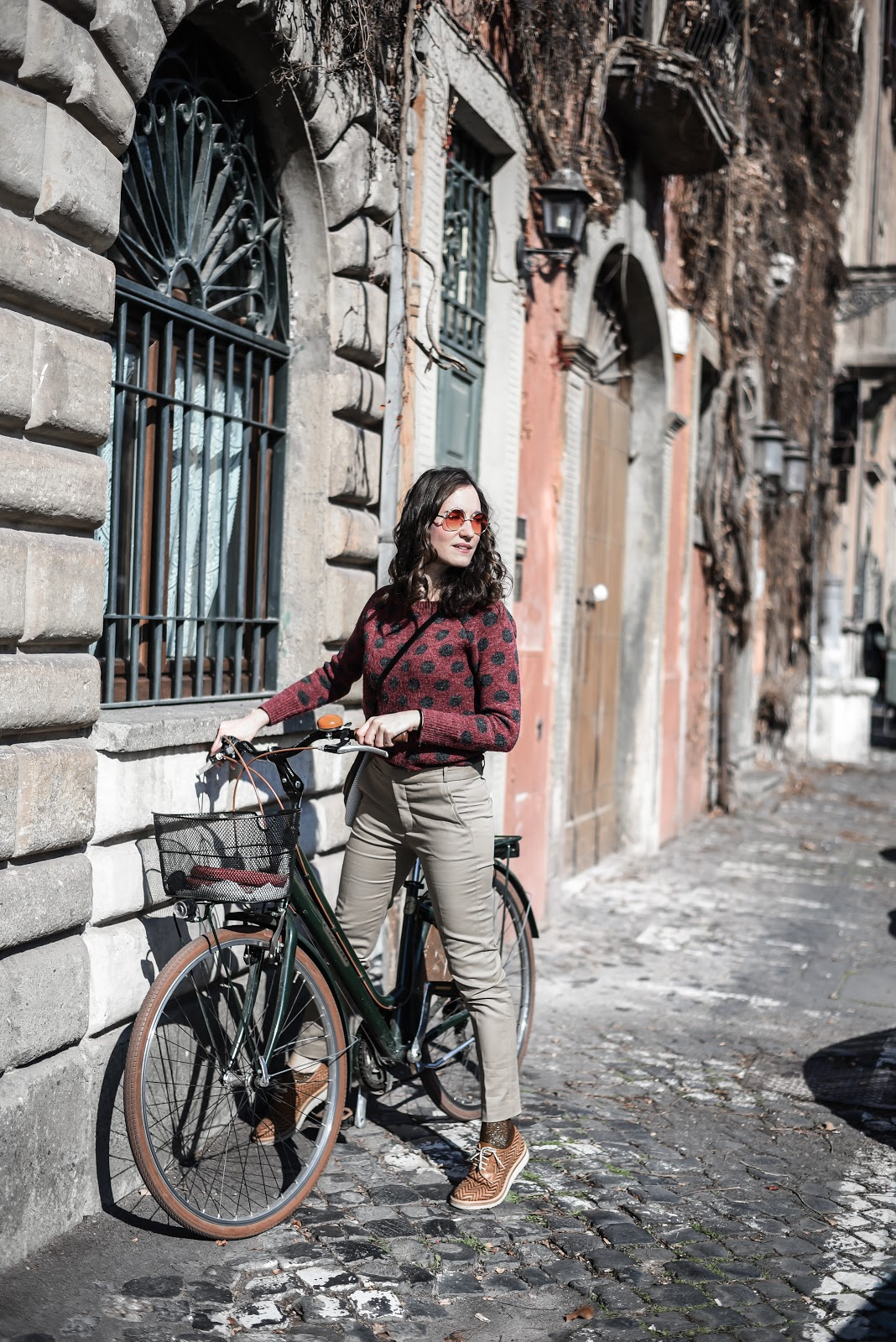 Roma_look_travel_polkadots