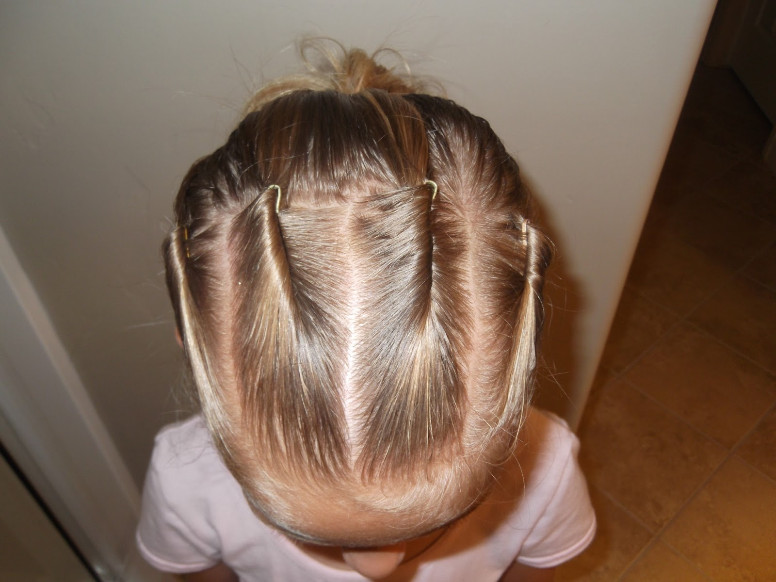Hairstyles For Short Hair Using Bobby Pins: Little Girl's Hairstyles: How To Do Bobby Pin Rolls