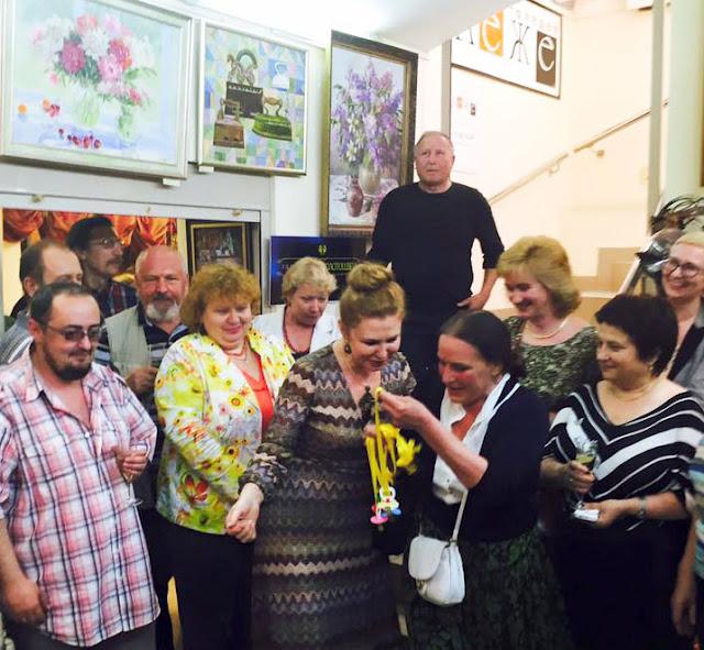 На первую годовщину «Галереи Леже» собрались многие из тех, кто в мае 2015-го «открывали» салон. Сергиев Посад