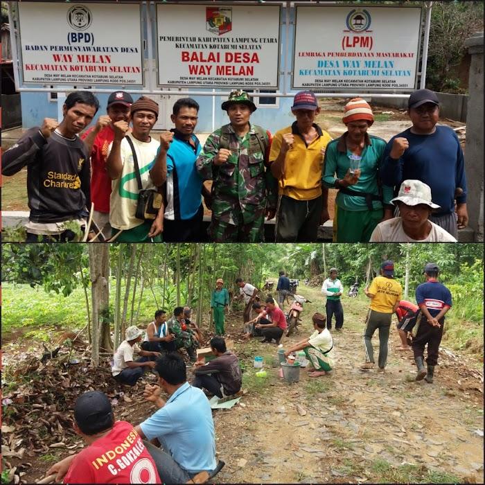Dalam rangka memperingati HKN Warga bersama Aparat Desa Way Melan melakukan Gotong Royong.