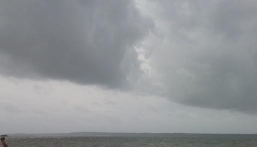 Benteng Selayar, Seharian Diguyur Hujan Ringan Hingga Sedang