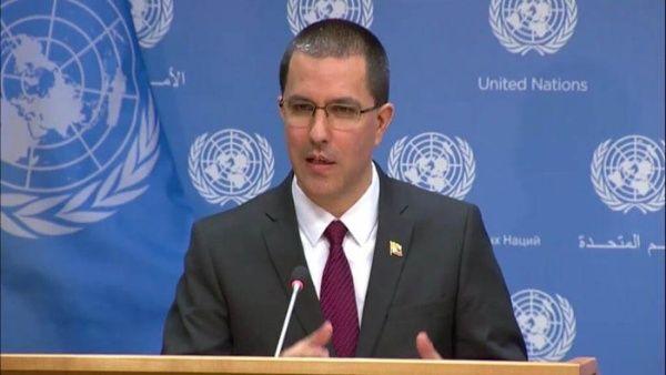 Canciller de Venezuela se reúne con 60 delegaciones en ONU para defender la paz y el derecho internacional