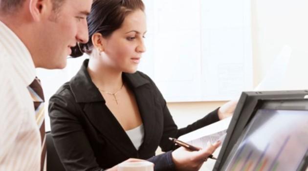 Sibuk Kerja Malah Makin Gendut? Ternyata Ini 5 Alasan Berat Badanmu Bertambah