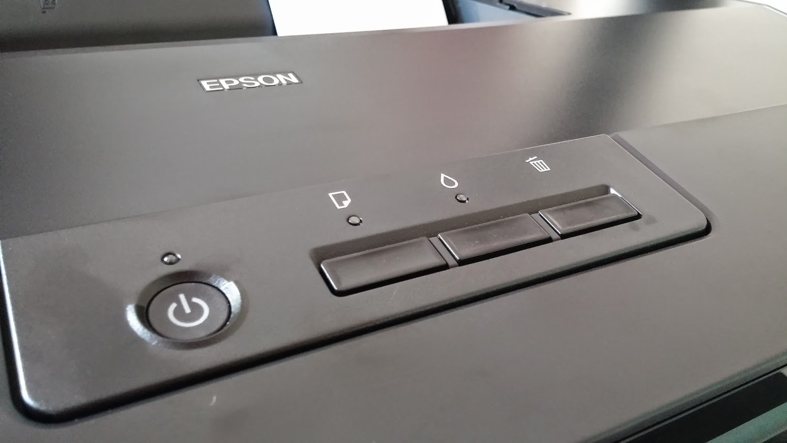 Review of Epson L1800 Ink Tank System Color Printer - The Tech