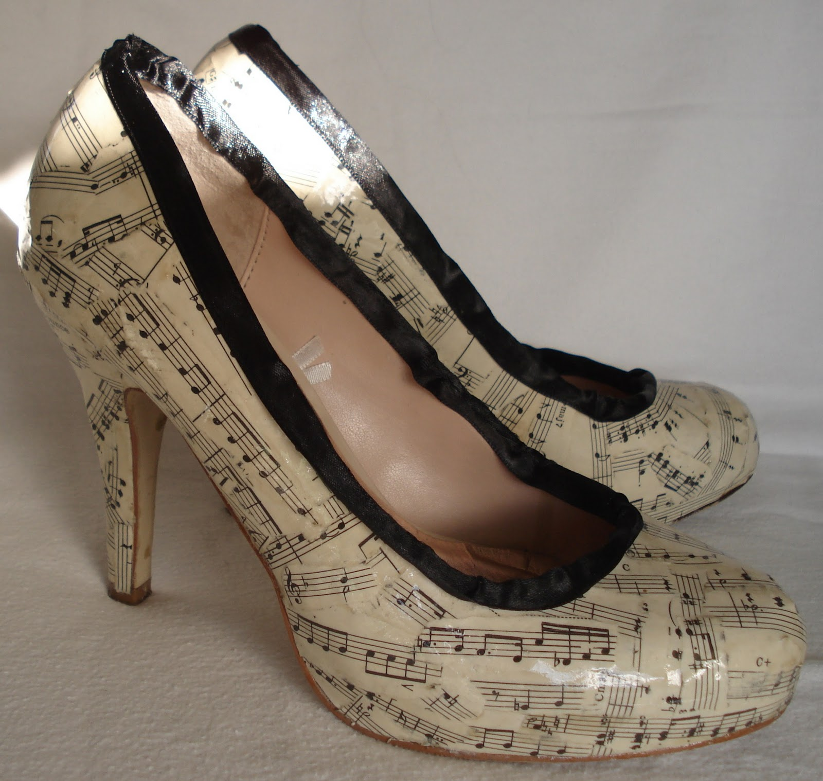 Creative You!: Craft a Pair of Decoupage Shoes