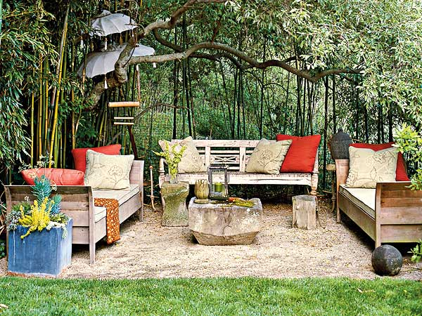 In your back pocket...: Jen's Pea Gravel Patio... on Back Garden Seating Area Ideas id=38231