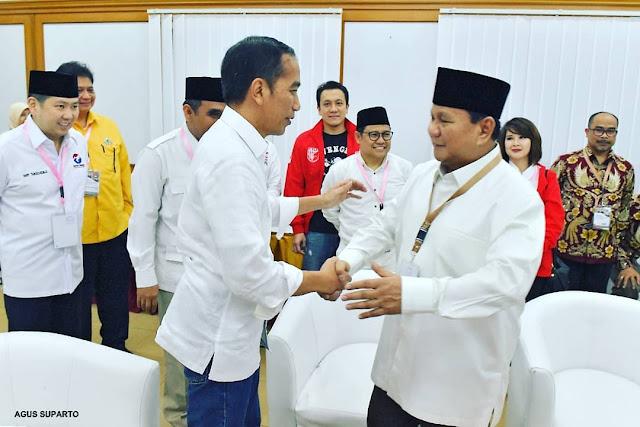 Cerita Prabowo Subianto ketika Dihalangi Paspamres saat Hendak Menyalami Presiden Jokowi