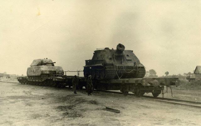 Maus Panzer VIII Sturmtiger worldwartwo.filminspector.com