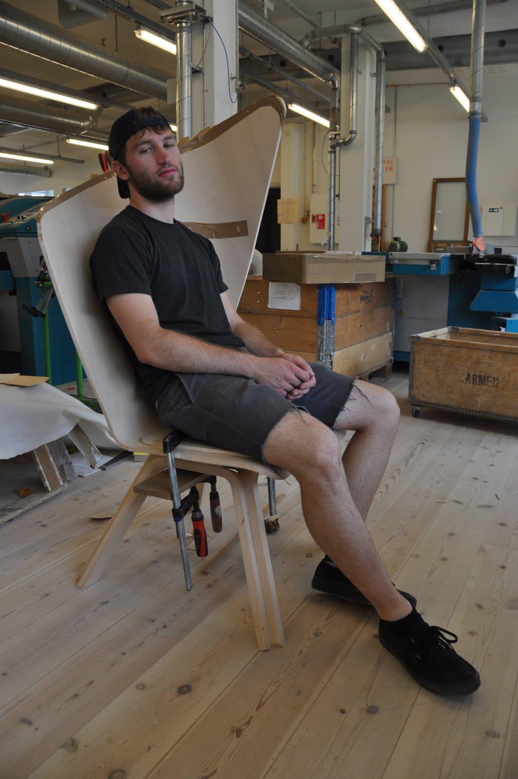 Brunette in Scandinavia People sitting in chairs