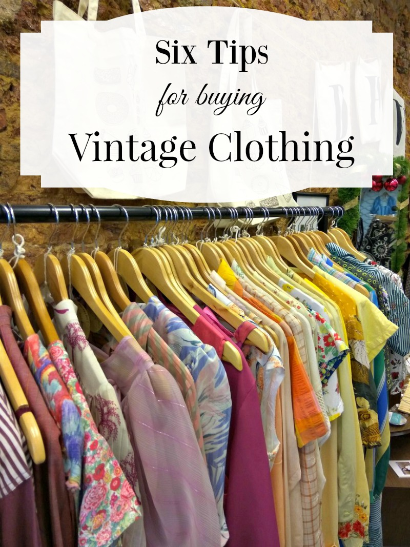5 Tips For Buying Vintage Clothing