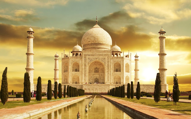 Some Interesting and Unknown Facts about Taj Mahal