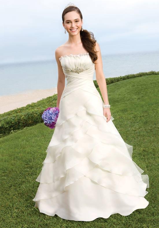 i heart wedding dress alfred angelo 2100. Black Bedroom Furniture Sets. Home Design Ideas