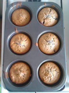Muffin allo yogurt ai mirtilli e mirtilli
