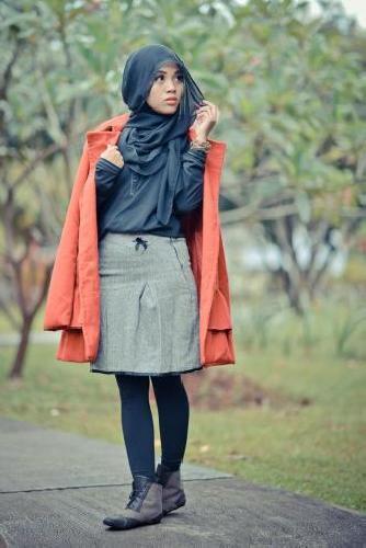Model Hijab Street Style Ala Korea Buat Hijabers Pecinta K Pop Jallosi